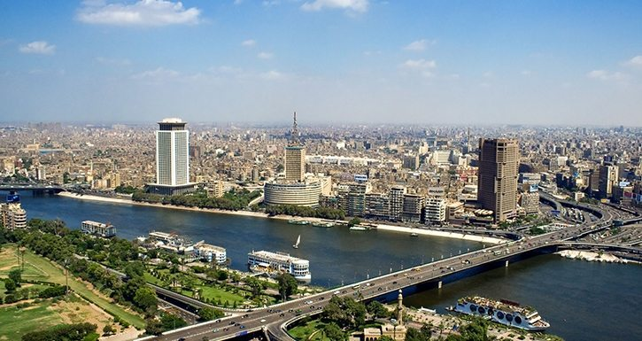Uyumayan ve Uyutmayan Şehir: Kahire