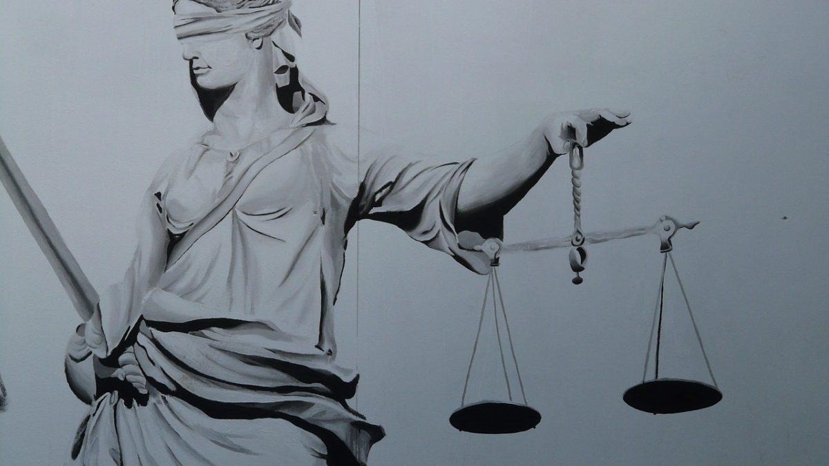 Hak Hukuk Dedikleri…