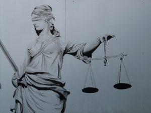 Hak Hukuk Dedikleri...