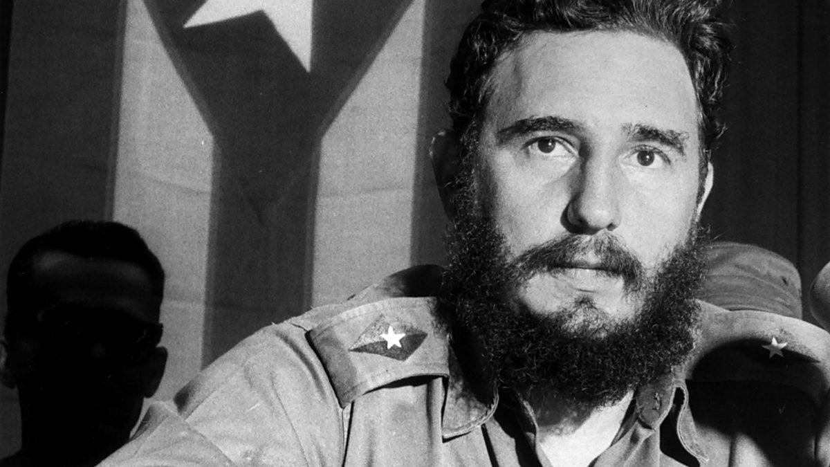Fidel Kastırıyor
