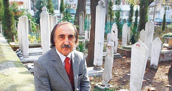 Mezar Taşlarının Sırrını Çözen Adam