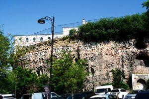 Hipodromun Duvarı