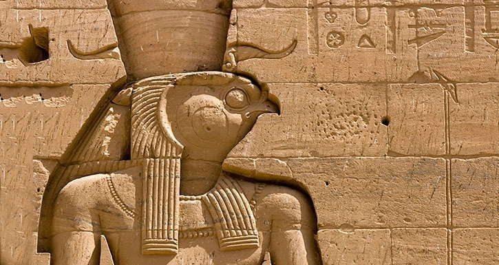 Horus'un Gözleri: Bir Regresyon Terapisi Hikayesi