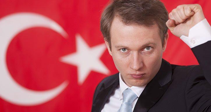 Oyun Alanında Türkiye Adı Verilen Yerde…