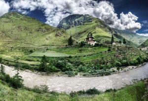 Bhutan'dan Bir Manzara
