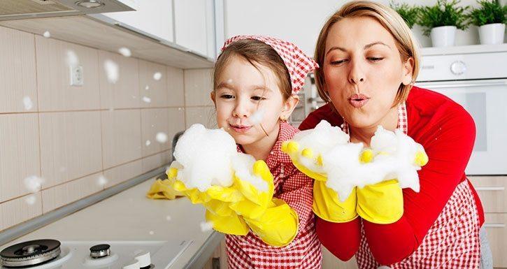 Ev İşleriyle Çocuklara Sorumluluk Kazandırmak