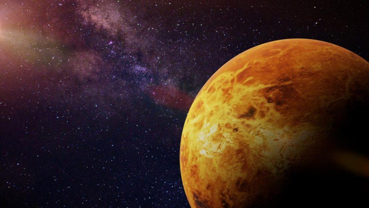 4 Nisan 7 Ağustos 2020 Aralığında Venüs İkizler Burcu'nda