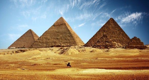 spiritüel gezilerinizde mutlaka ziyaret etmeniz gereken 9 kadim nokta
